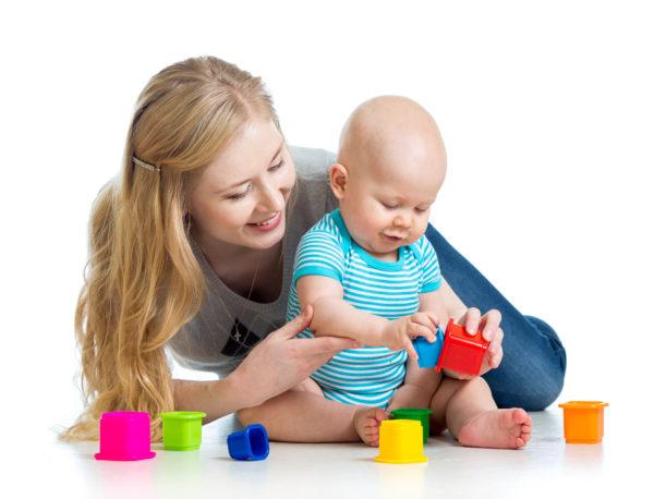 Tips para encontrar la niñera ideal